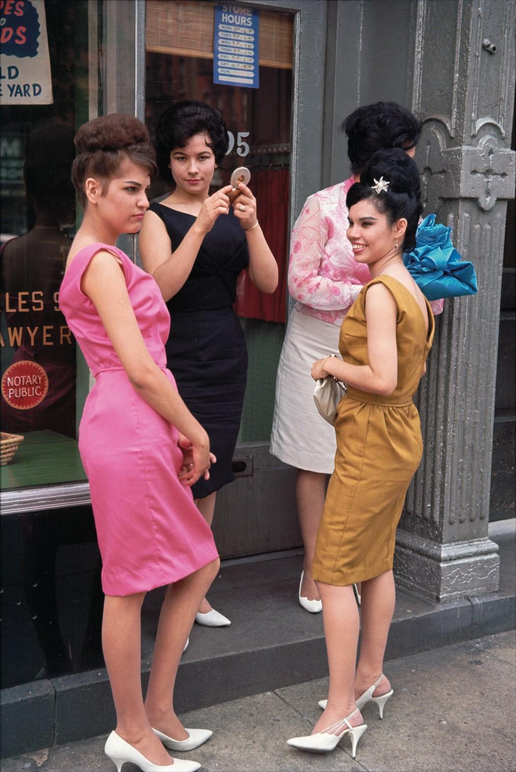 1513633038065-08_new_york_city_1963_lr