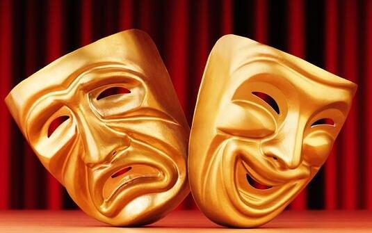 Tiyatronun Gülen Ağlayan Maskeleri